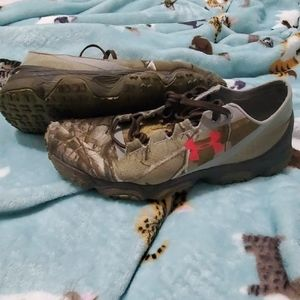 Under armour camo trail running shoes